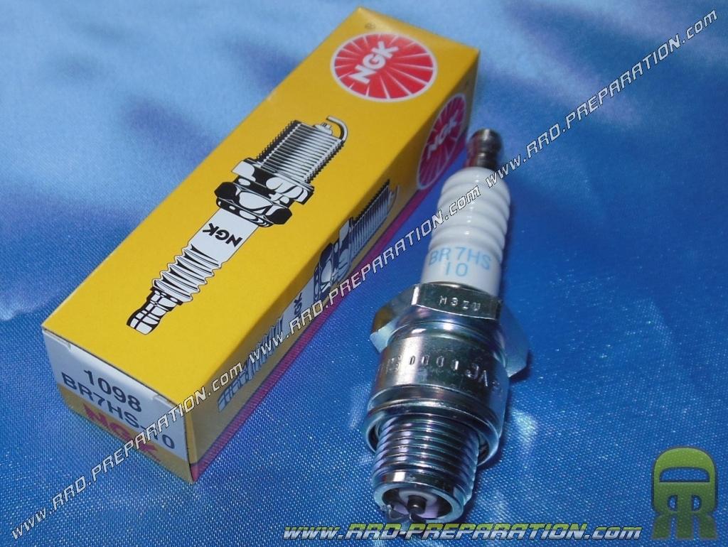 MBK Ovetto 50 2 Stroke NGK BR8HS Spark Plug