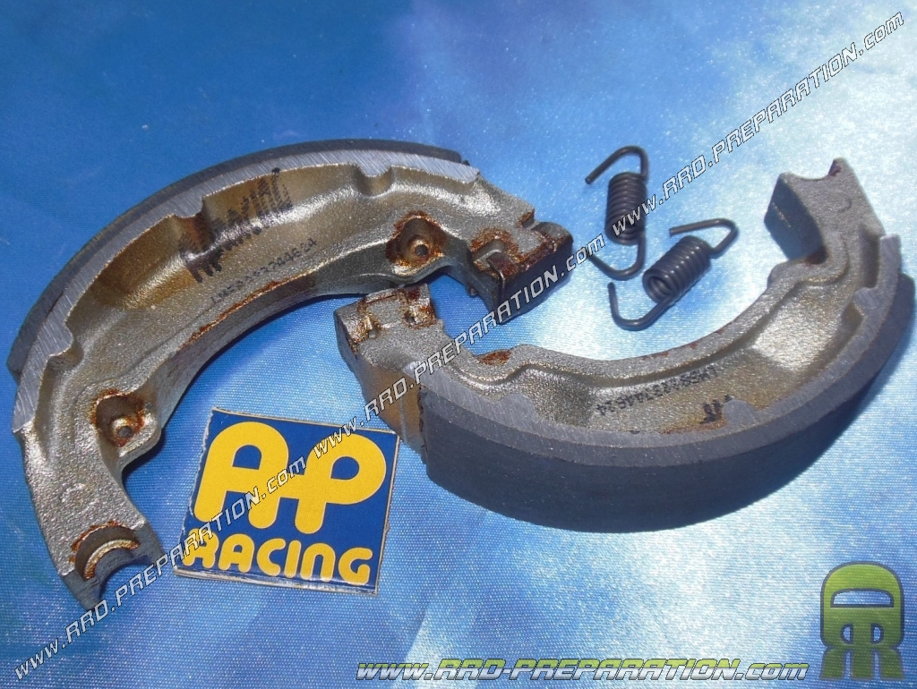 AP RACING rear brake shoes Ø 110mm scooter, CPI POPCORN motorcycle, GARELLI  PONY SR, YAMAHA DT M, RZ, TY M,     - www rrd-preparation com