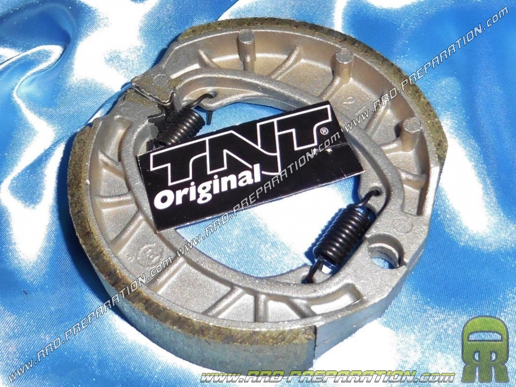 TNT ORIGINAL rear brake shoes for scooter ROMA 2 & 3, Chinese 50cc 4 stroke  GY6 139QMB / A - www rrd-preparation com